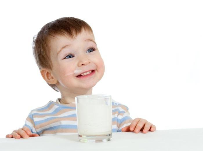 sữa tươi cho trẻ trên 1 tuổi