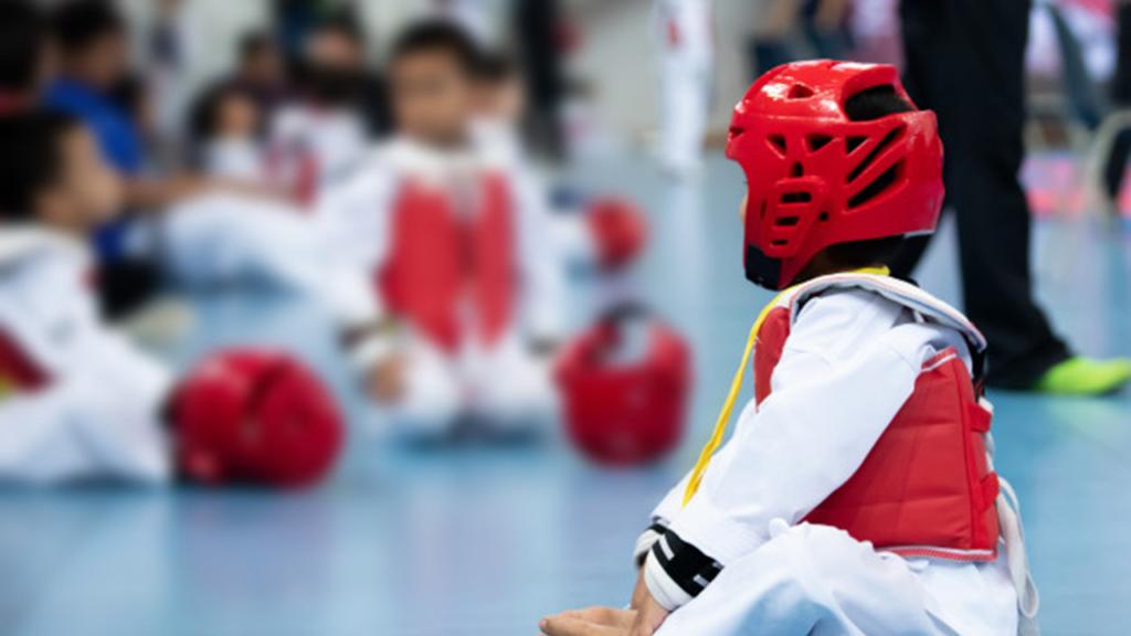 Cho trẻ học võ tự vệ