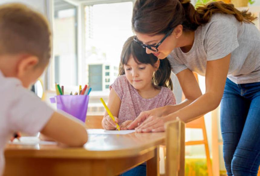 nuôi dạy trẻ từ 6 - 10 tuổi chăm ngoan học giỏi